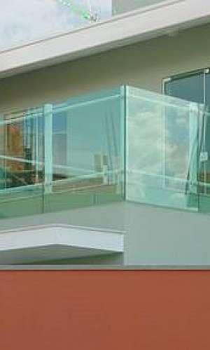 Fechamento de sacadas com vidro retrátil preço
