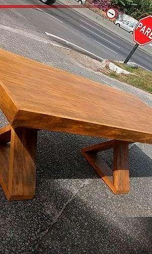 Mesa de centro de madeira