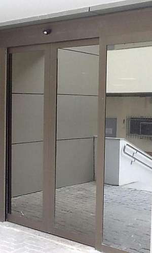 Porta de vidro automática com sensor