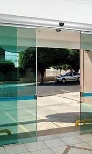 Porta de vidro automática