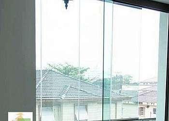 Porta de vidro temperado para sala